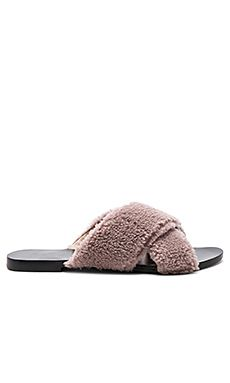 Raye-Revolve-House-Slipper-Shearling